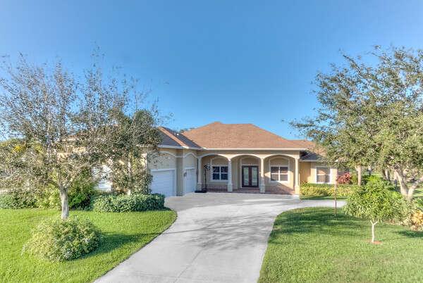 Single Family for Sale at 801 Holden Court Sebastian, Florida 32958 United States