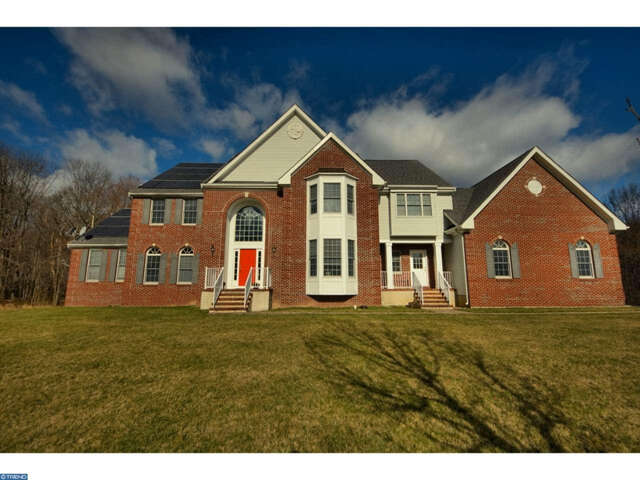 Single Family for Sale at 28 Meadowlark Drive Plainsboro, New Jersey 08536 United States