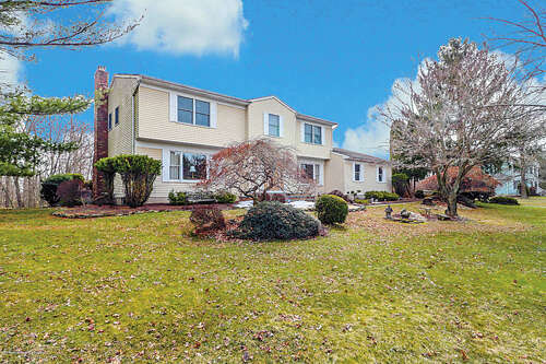 Single Family for Sale at 17 Yellowbrook Road Marlboro, New Jersey 07746 United States