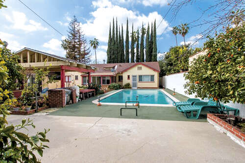 Single Family for Sale at 1090 North Hill Street Pasadena, California 91104 United States
