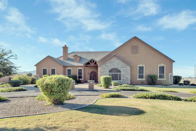 Single Family for Sale at 22651 S Val Vista Dr Gilbert, Arizona 85298 United States