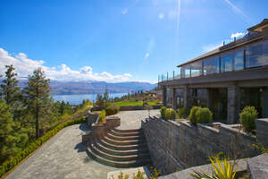 Featured Property in Kelowna, BC V1Z 4A1