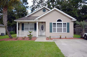 Featured Property in Crawfordville, FL 32327