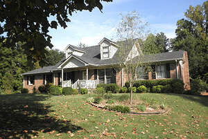 Featured Property in Fayetteville, TN 37334