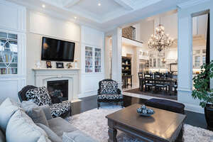 Featured Property in Beaconsfield, QC H9W 6H2