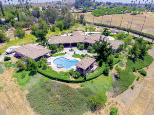Featured Property in Riverside, CA 92504
