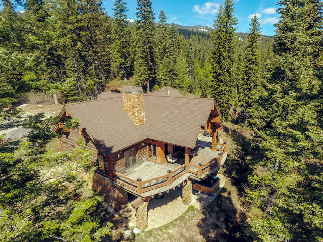 Single Family for Sale at 130 Council Court Tamarack, Idaho 83615 United States