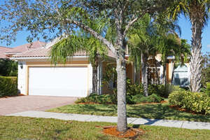 Single Family Home for Sale, ListingId:42886708, location: 7979 Valentina Ct Naples 34114