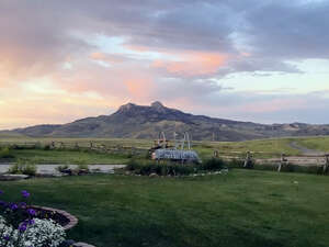 Featured Property in Cody, WY 82414