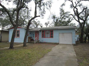 Featured Property in Aransas Pass, TX 78336