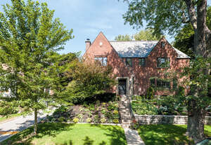 Featured Property in Westmount, QC H3Y 2T1