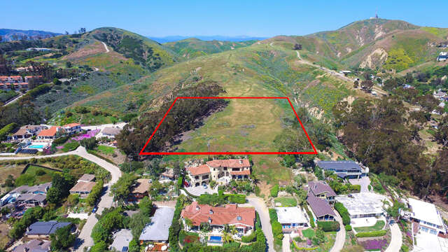 Investment for Sale at N Ann Street Ventura, California 93001 United States
