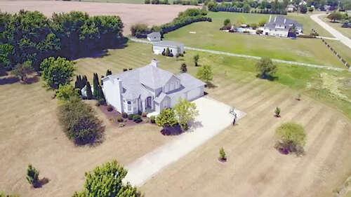 Single Family for Sale at 6239 Southfield Oswego, Illinois 60543 United States
