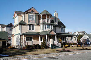 Featured Property in Cape May, NJ 08204