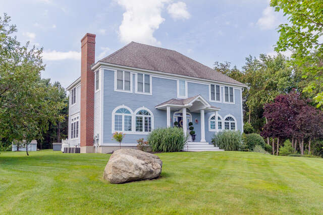 Single Family for Sale at 4 Seavey Pasture Road Stratham, New Hampshire 03885 United States