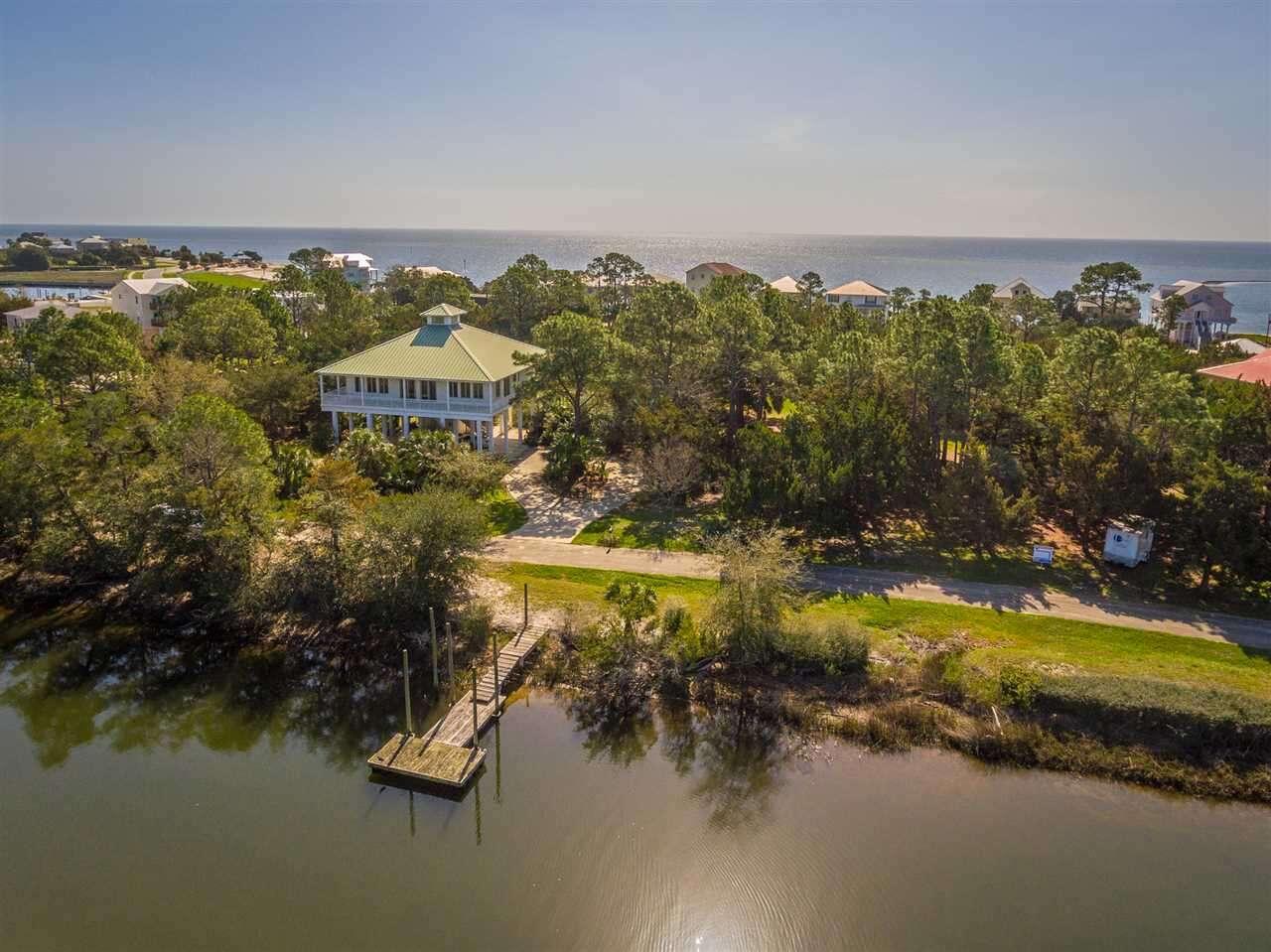 Single Family for Sale at 123 Cedar Island Crawfordville, Florida 32327 United States