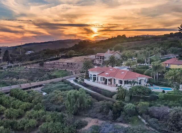 Single Family for Sale at 900 Rancho Vista Lane Santa Paula, California 93060 United States