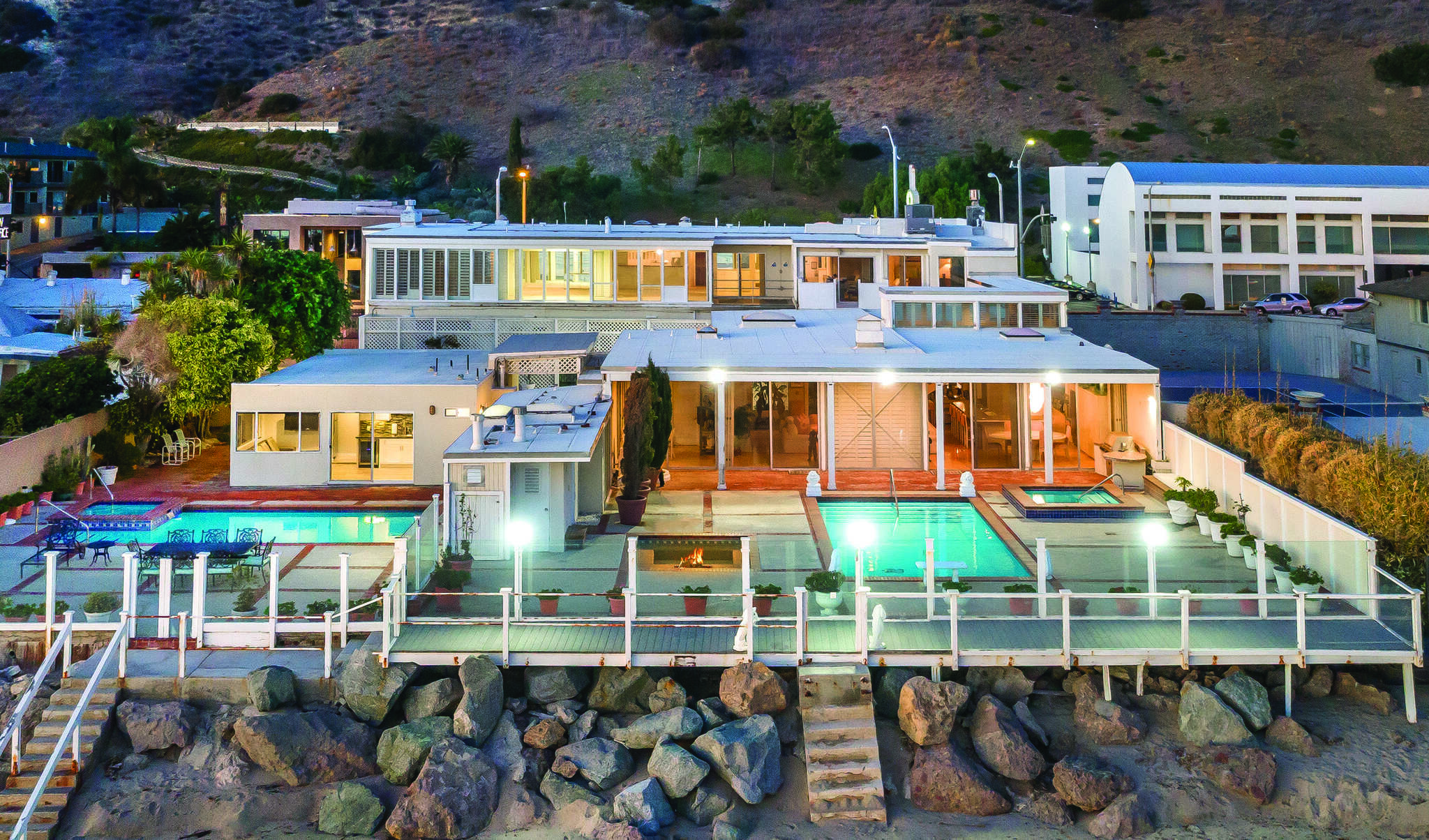 Single Family for Sale at 22522 Pacific Coast Hwy Malibu, California 90265 United States