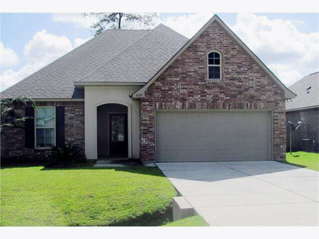 Featured Property in COVINGTON, LA, 70435