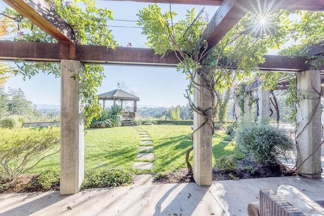Single Family for Sale at 12389 Dupont Road Sebastopol, California 95472 United States