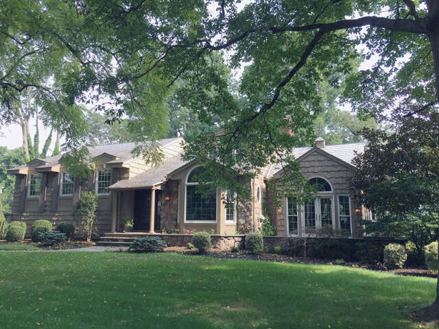 Single Family for Sale at 1040 Wychwood Road Westfield, New Jersey 07090 United States