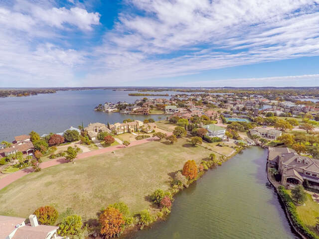 Investment for Sale at 105b Applehead Island Horseshoe Bay, Texas 78657 United States