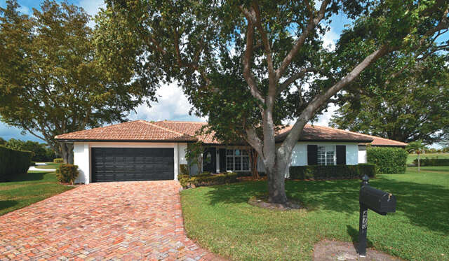 Single Family for Sale at 4755 Loquat Circle Boynton Beach, Florida 33436 United States