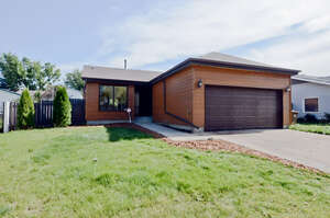 Featured Property in St Albert, AB T8N 3E4