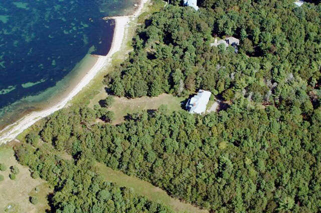 Single Family for Sale at 380 Wings Neck Road Pocasset, Massachusetts 02559 United States