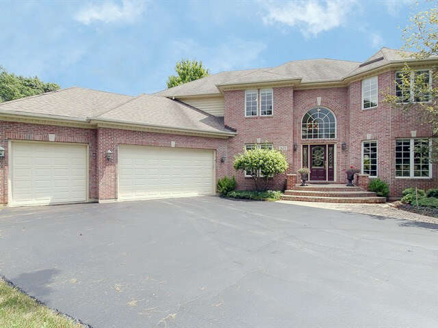 Home Listing at 2601 POPLAR VIEW Bend, ELGIN, IL