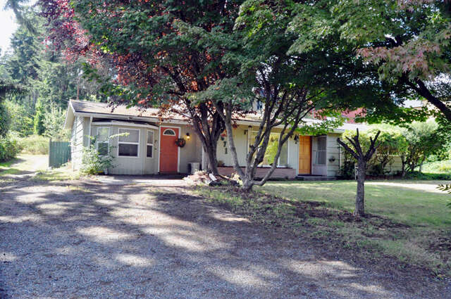 Single Family for Sale at 671 Madison Ave N Bainbridge Island, Washington 98110 United States