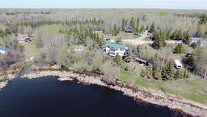Featured Property in Darwell, AB