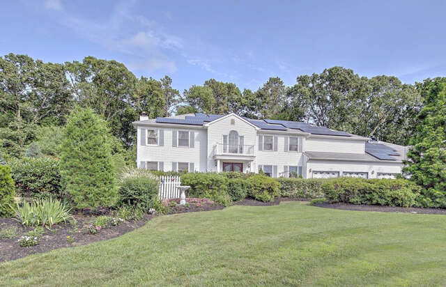 Single Family for Sale at 12 Golden Way Farmingdale, New Jersey 07727 United States