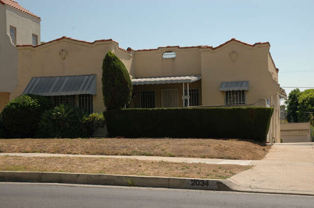 Single Family for Sale at 2034 N Catalina Street Los Angeles, California 90027 United States