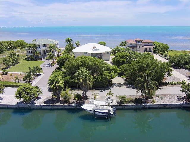 Single Family for Sale at 104 Sunrise Drive Marathon, Florida 33050 United States