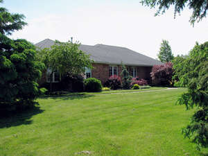 Featured Property in Fonthill, ON L0S 1C0