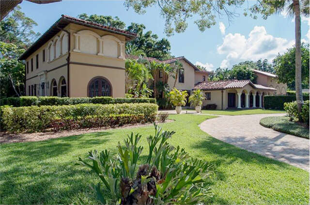 Single Family for Sale at 1311 Druid Road S Belleair, Florida 33756 United States