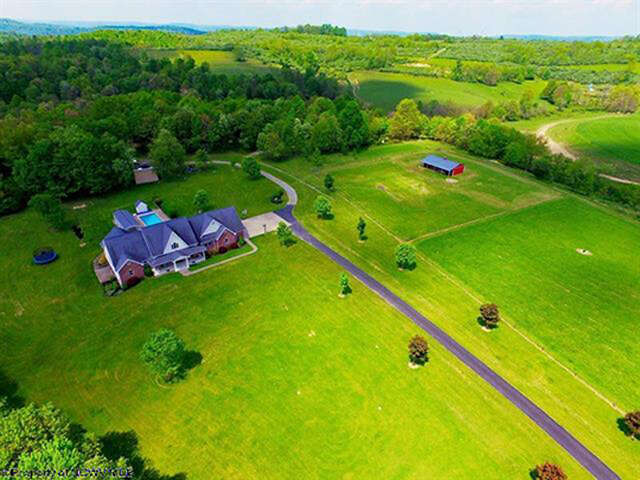 Single Family for Sale at 1289 Harmony Grove Road Bruceton Mills, West Virginia 26525 United States