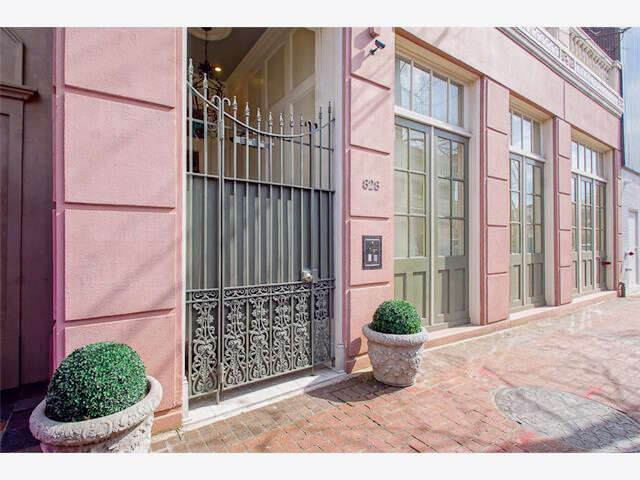 Condominium for Sale at 828 St Charles Av. #13 New Orleans, Louisiana 70130 United States