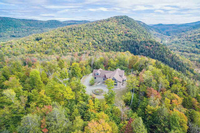 Single Family for Sale at 4278 Route 100a Plymouth, Vermont 05056 United States