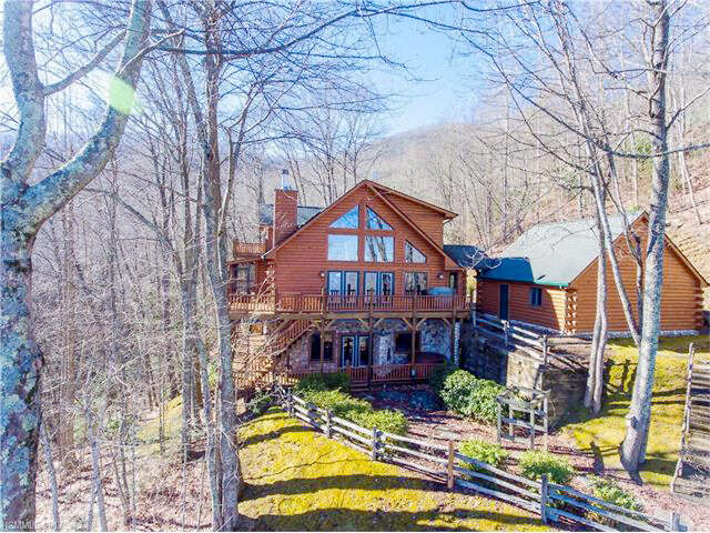 Single Family for Sale at 170 Galuladi Trail Maggie Valley, North Carolina 28751 United States