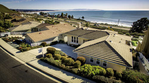 Single Family for Sale at 225 Foothill Road Pismo Beach, California 93449 United States