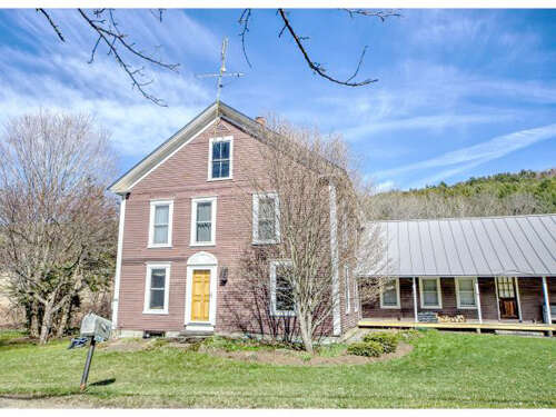 Single Family for Sale at 5639 Broad Brook Road North Pomfret, Vermont 05053 United States