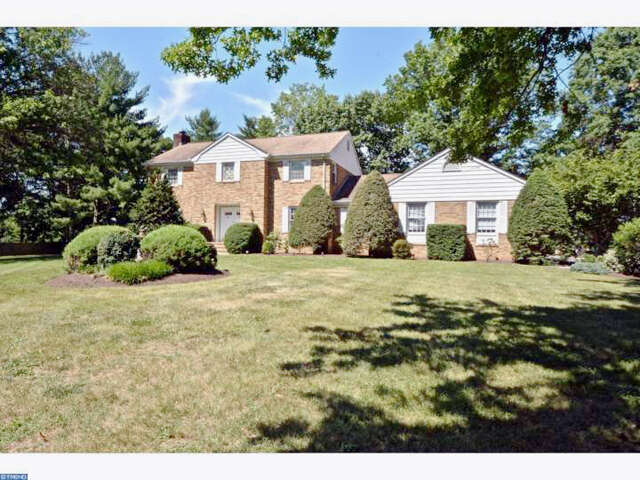 Single Family for Sale at 71 Carter Rd Princeton, New Jersey 08540 United States