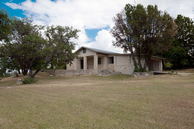 Single Family for Sale at 196 E William Hahn Loop Fredericksburg, Texas 78624 United States