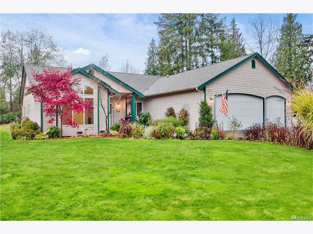 Single Family for Sale at 13920 Three Lakes Rd Snohomish, Washington 98290 United States
