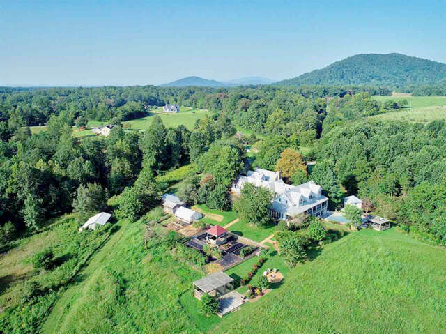 Single Family for Sale at 455 Touchstone Lane Stanardsville, Virginia 22973 United States