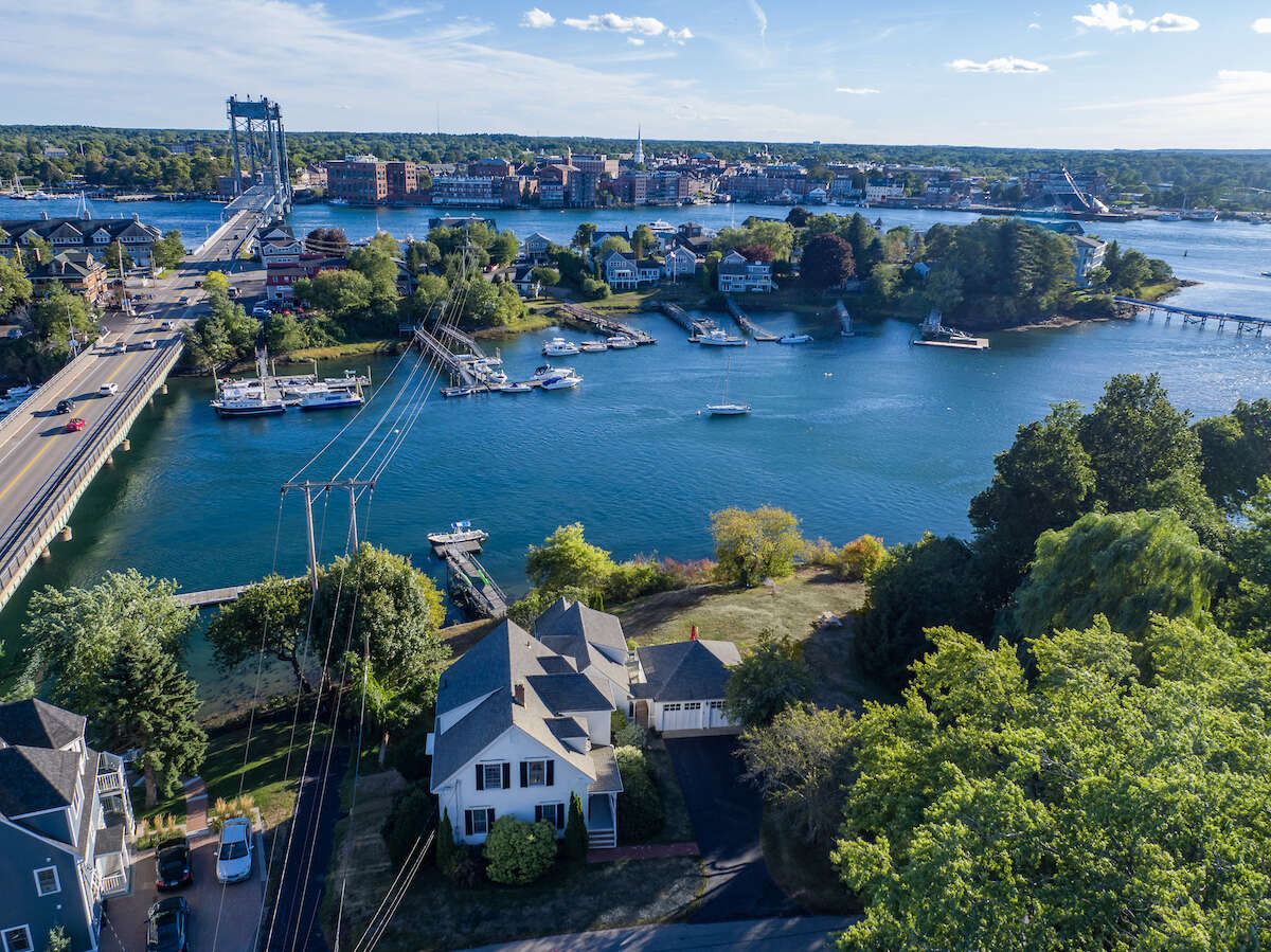 Single Family for Sale at 19 Water St Kittery, Maine 03904 United States