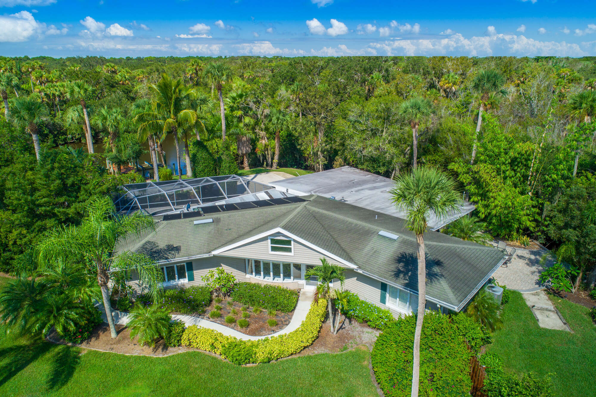 Single Family for Sale at 1400 Parkland Boulevard Fort Pierce, Florida 34982 United States