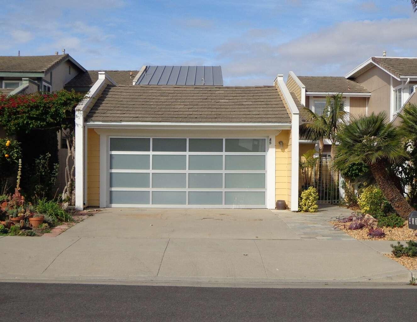 Single Family for Sale at 4531 Costa De Oro Oxnard, California 93035 United States
